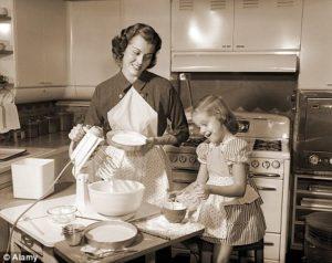 NyomjadAnya - Miért nehezebb nekünk (vagy nem), mint nagyanyáinknak? 4